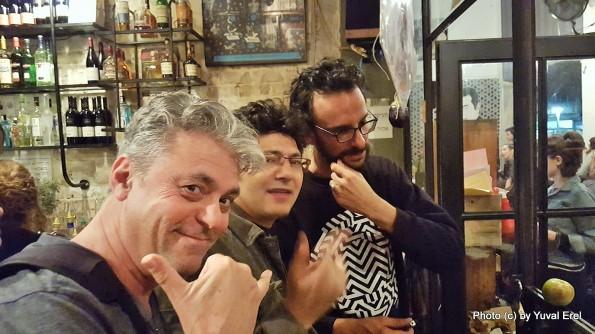 מפגש עם צח בר, אושיית תרבות בתל אביב. צילום: סלפי