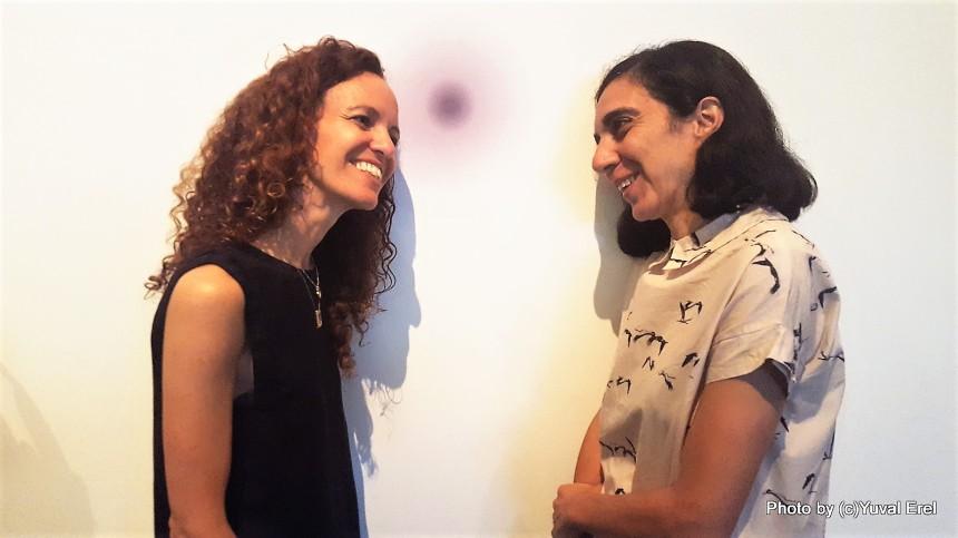 ענת ספרן ולילך שטיאט אוצרות התערוכה. צילום: יובל אראל