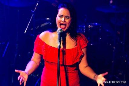 במופע של שירלי מגלד. צילום: טוני פיין