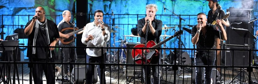שרים לשבזי במגדל דוד. צילום שילי ויובל אראל